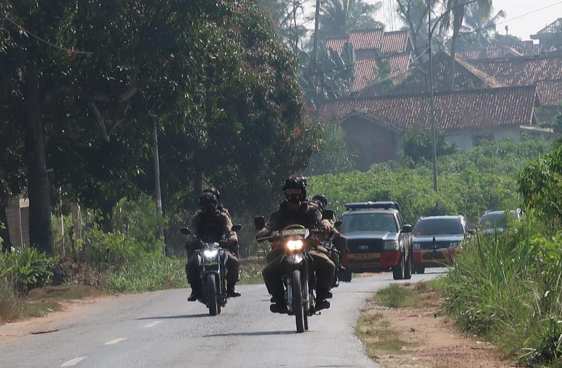 Antisipasi Terorisme dan C3, Danyon B Pelopor Latihan CQB di Kampung Komering Putih